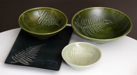 Silver Fern Platter and Bowls 3